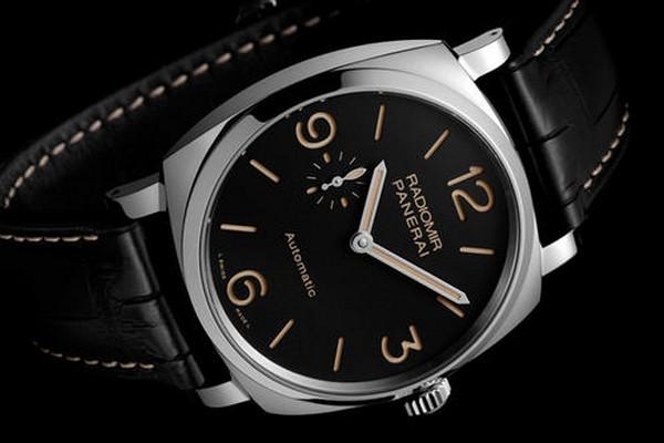 沛纳海的第一款月相表回收价格是多少_上海哪里回收沛纳海手表?