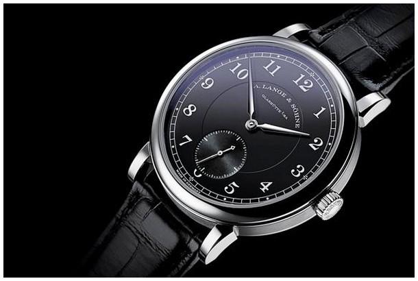 上海哪里可以高价回收朗格1815计时飞返计时黑盘手表?