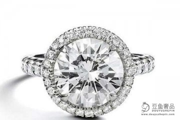 为什么女人要买钻戒?一克拉蒂芙尼钻