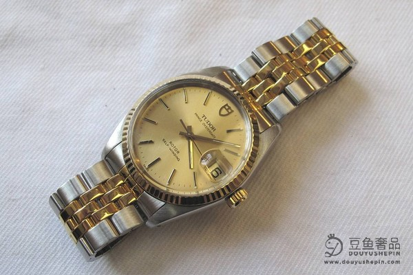 帝舵碧湾系列M79830RB-0001手表在上海手表回收市场上的价格怎么样?